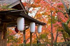 Lanterne antiche fotografia stock immagine di annata for Case giapponesi antiche