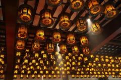 Lanterne - Koyasan - Giappone fotografia stock libera da diritti