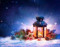Lanterne magique sur la neige Image libre de droits