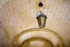 Lanterne sous la voûte Photo libre de droits