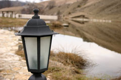 Lanterne sur le lac Photographie stock libre de droits
