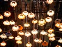 Lanterne variopinte del soffitto Fotografie Stock Libere da Diritti
