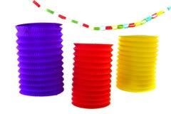 Lanternes à chaînes et chinoises de papier Image stock
