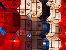 Lanternes décoratives traditionnelles en Chiang Mai, Thaïlande Photos stock