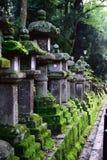 Lanternes dans le tombeau Photographie stock libre de droits
