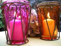 Lanternes de bougie d'ambiance allumées Photographie stock