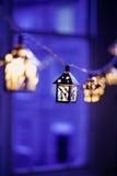Lanternes de Noël brouillées Images stock