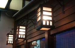 Lanternes en bois japonaises Photo stock