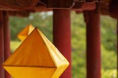 Lanternes en forme de diamant dans le Cité interdite, Hue, Vietnam image libre de droits