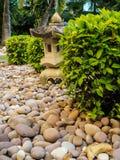 Lanternes en pierre photo libre de droits