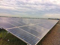 Lantgård för sol- cell Arkivfoton