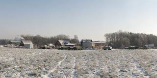 Lantgård i vinter Arkivbild