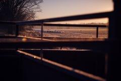 Lantgårdsoluppgångfrost Arkivfoton