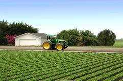 lantgårdtraktor royaltyfria foton