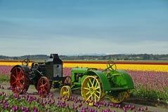 lantgårdtraktortappning Arkivfoto