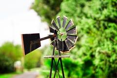 Lantgårdväderkvarn Fotografering för Bildbyråer