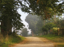 lantgårdväg Arkivfoton