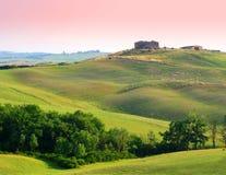 lantgård tuscany Arkivfoton
