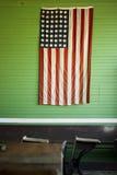 Lantlig amerikanska flaggan Royaltyfria Bilder