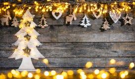 Lantlig bakgrund för dekorativ jul royaltyfria foton