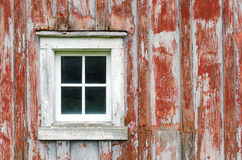 Lantlig bild för ladugårdsiding- och fönsterbakgrund Arkivbild