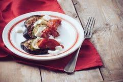 Lantlig enkel mat: grillade grönsaker Royaltyfri Bild