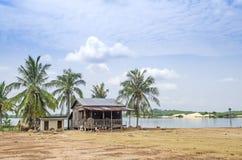 lantlig by för cambodia hus Fotografering för Bildbyråer