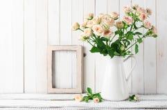 Lantlig hem- garnering fotografering för bildbyråer