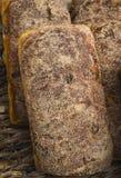 Lantlig kanel och Rasiin bröd Royaltyfri Fotografi