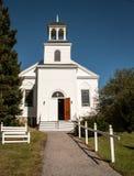 Lantlig kyrka arkivfoto