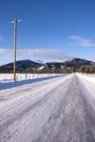 Lantlig norr Idaho väg. Arkivbilder