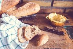 Lantlig smörgås Arkivfoto