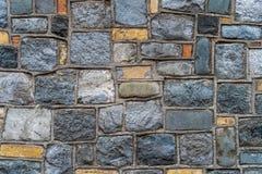 Lantlig stenvägg för tappning - högkvalitativ textur/bakgrund royaltyfri foto