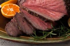 Lantlig stil för steknötkött Arkivfoto