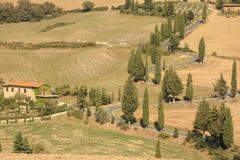 Lantlig väg, Tuscany, Italien Royaltyfri Foto
