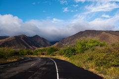 Lantlig väg på den Maui ön Royaltyfria Foton