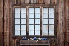 lantliga fönster Arkivbilder