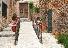 Lantliga hem i Valldemossa, Mallorca Arkivfoton