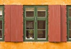 lantligt fönster royaltyfri fotografi
