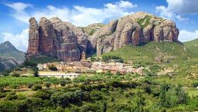 lantligt för panorama för berg för dolomitesitaly liggande pittoreskt Aguero, Arkivfoton