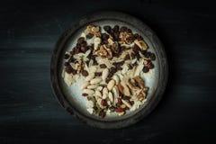 Lantligt fotografi för mörk söt mat arkivfoton
