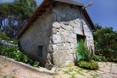 lantligt hus Arkivfoto