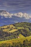 Lantligt landskap för berg Arkivfoton