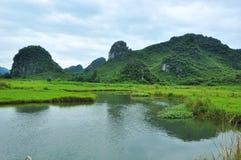 Lantligt landskap i Guilin, Kina Arkivbilder