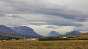 Lantligt landskap i norden av Island Arkivbilder