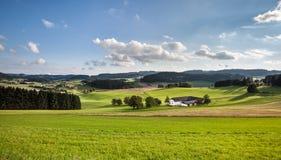 Lantligt landskap - materielfoto Arkivbilder