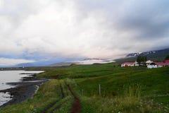 Lantligt lantbrukarhem i Icelan Royaltyfri Bild