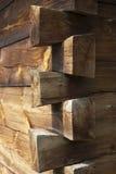 Lantligt trähus för hörn Arkivfoto