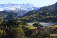 Lanuza's lake, mountains in Tena valley, Pyrenees Royalty Free Stock Photos