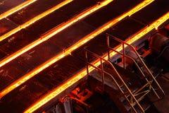 Lany żelazo lub metal w foremkach Zdjęcia Stock